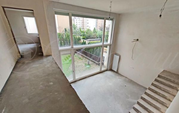 многостаен апартамент софия 8qvlfu6n