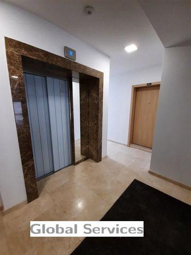 многостаен апартамент софия qs63s4fn