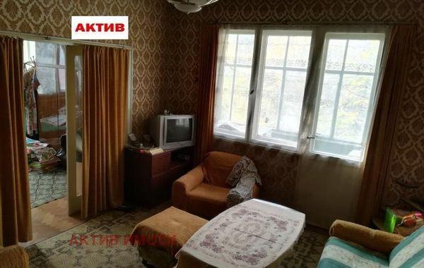 многостаен апартамент търговище kyn78r22