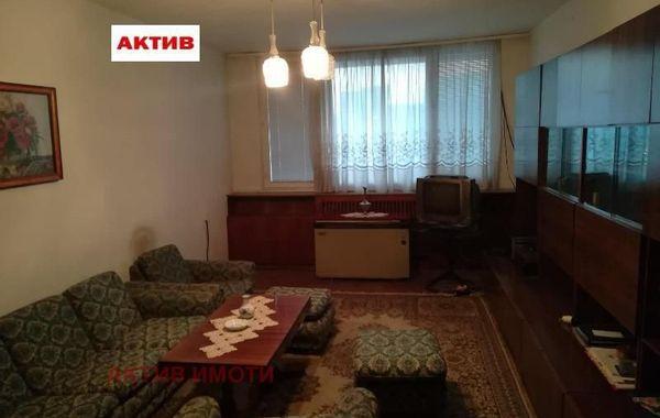 многостаен апартамент търговище n741jcf6