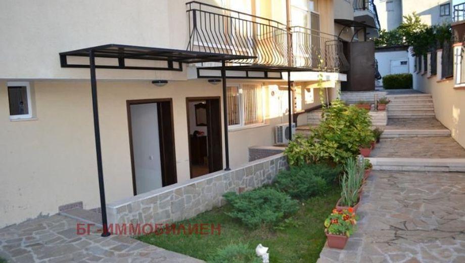 многостаен апартамент черноморец 5pe9j6p1