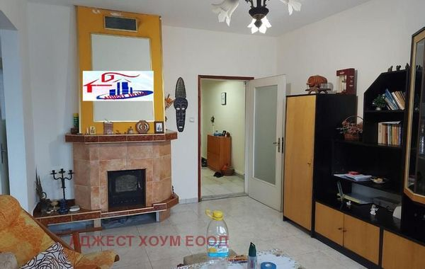 многостаен апартамент шумен fcm8uws8