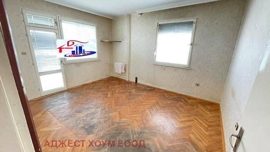 многостаен апартамент шумен ldxr89by