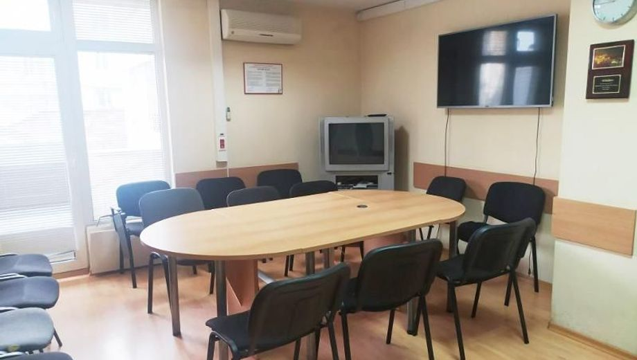 офис варна 7v7srknn