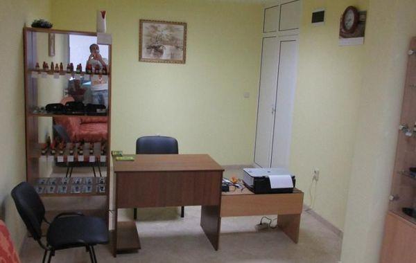 офис варна k82tr7pw