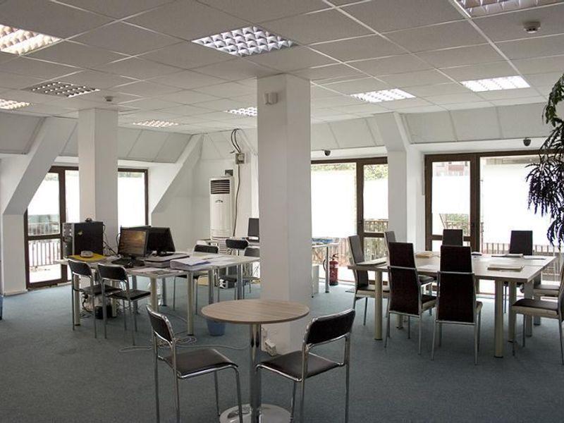 офис софия m9umy969