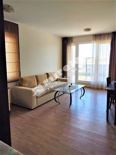тристаен апартамент ален мак tfedc21j