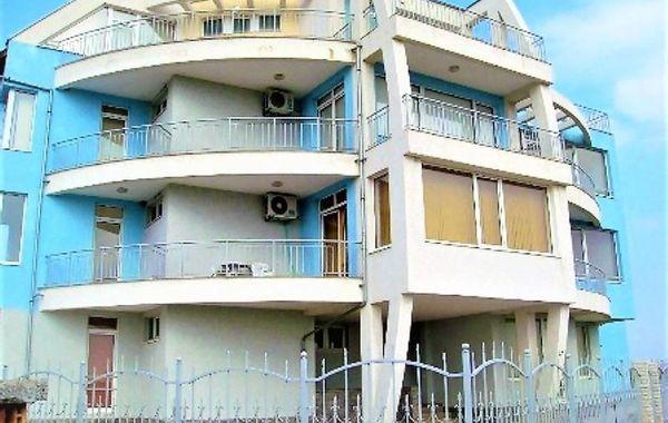 тристаен апартамент ахелой d9ka63xf