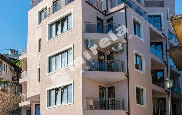 тристаен апартамент балчик enryk2g1