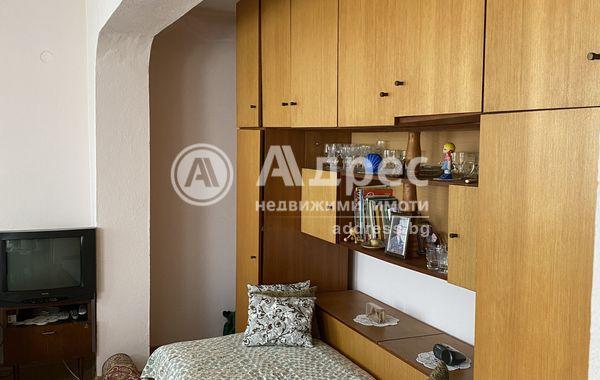 тристаен апартамент балчик nsjshpfa