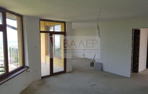 тристаен апартамент банкя ytbav4d5