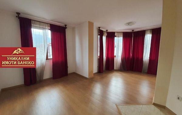 тристаен апартамент банско 38xhpgqn