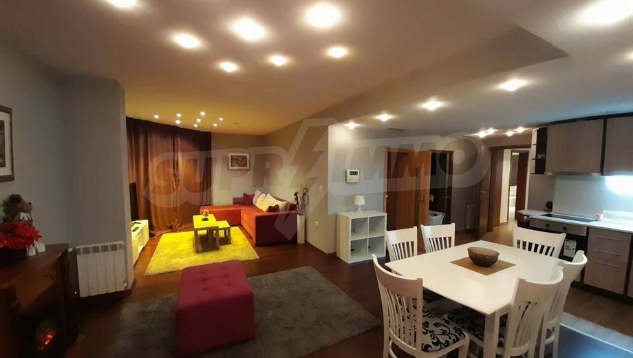 тристаен апартамент банско p84hdn3r