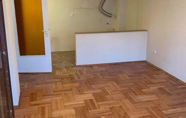 тристаен апартамент бургас 6n68fvha
