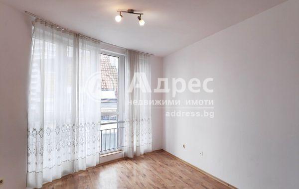 тристаен апартамент бургас 9n5y76y3