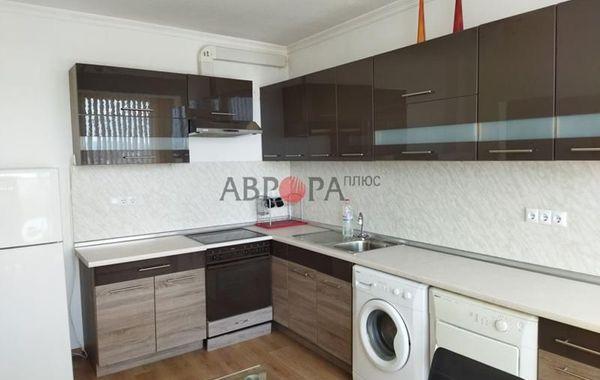 тристаен апартамент бургас ambqw93x