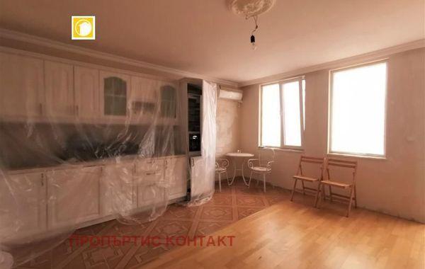 тристаен апартамент бургас h6sk9tpu