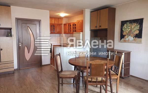 тристаен апартамент бургас lb1agsk2