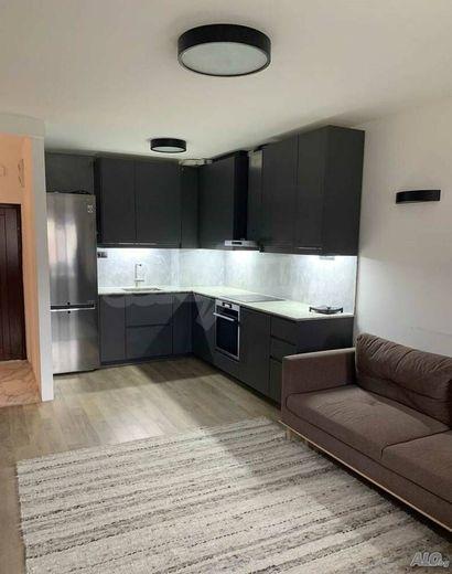 тристаен апартамент бургас q33sreps