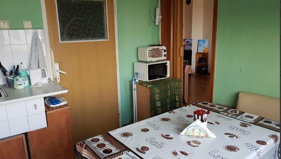 тристаен апартамент варна 1625p3aq