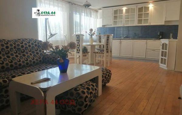 тристаен апартамент варна 1js6n5vu