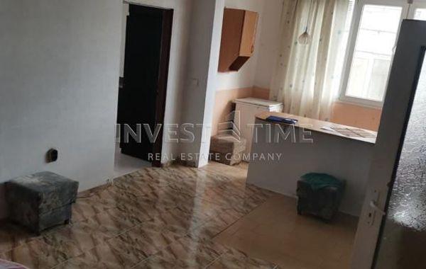 тристаен апартамент варна 1nmnqs2p