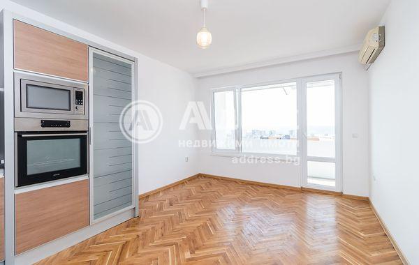 тристаен апартамент варна 1ybnl6ej