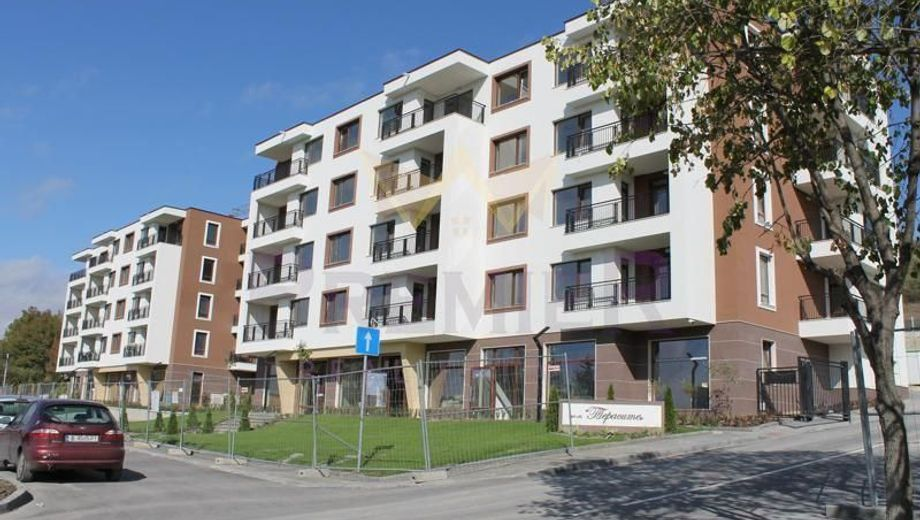 тристаен апартамент варна 1yjxwn5s