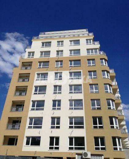 тристаен апартамент варна 25rb3k3e