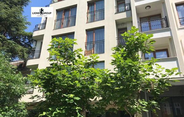тристаен апартамент варна 2es4f952