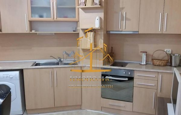 тристаен апартамент варна 2ja8m9p7