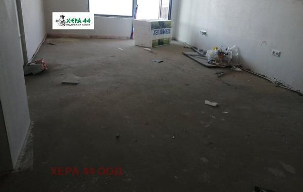 тристаен апартамент варна 2w6sber4