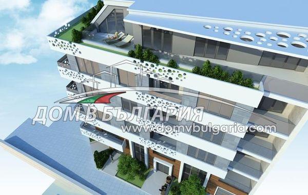 тристаен апартамент варна 3ha23l9w