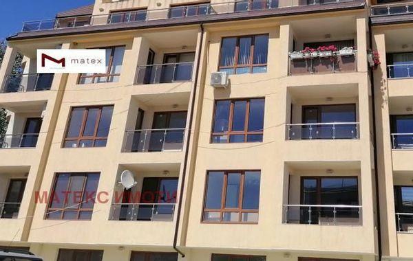 тристаен апартамент варна 3hktmq77