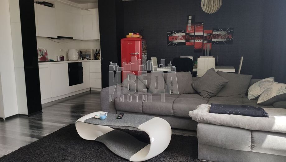 тристаен апартамент варна 3q3h9mst