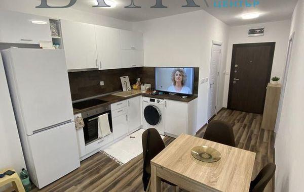 тристаен апартамент варна 3y8arvd5
