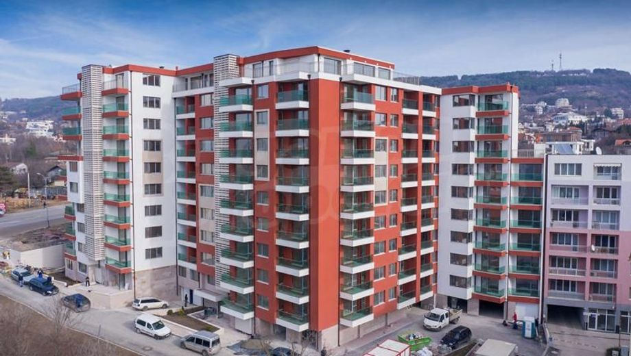 тристаен апартамент варна 46jenv1h