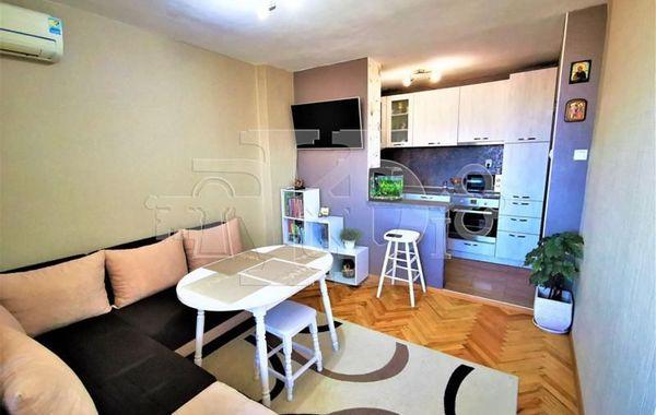 тристаен апартамент варна 4kpt6v66