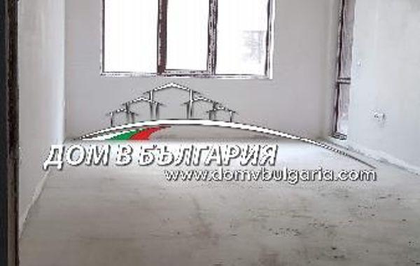 тристаен апартамент варна 4qgr4aur