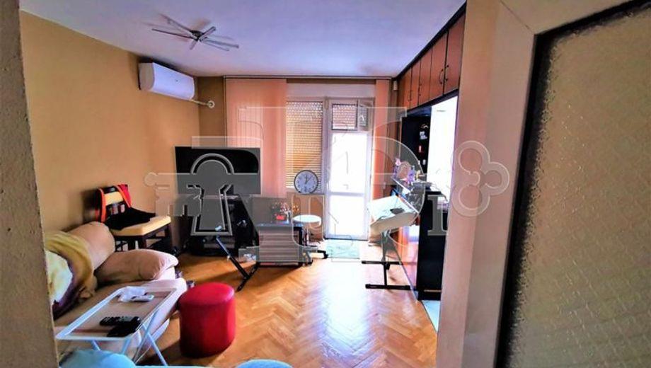 тристаен апартамент варна 4qvfcn51