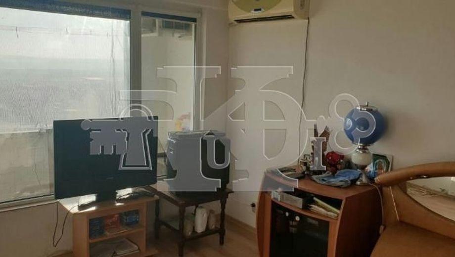 тристаен апартамент варна 4rq1lsy4