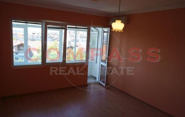 тристаен апартамент варна 4w8k57wf