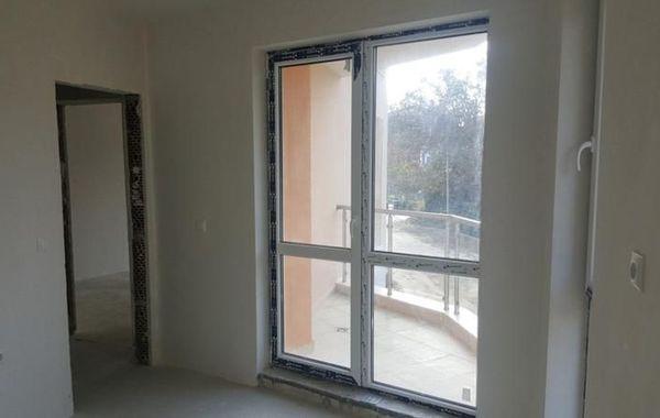 тристаен апартамент варна 4x9ny92x