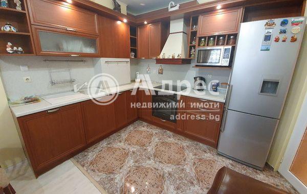 тристаен апартамент варна 51vyb5dm