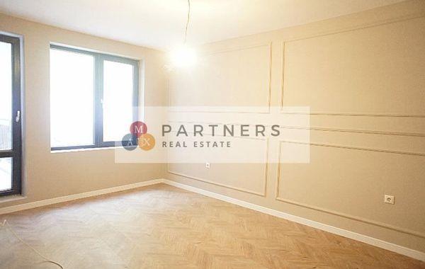 тристаен апартамент варна 53w47kyb
