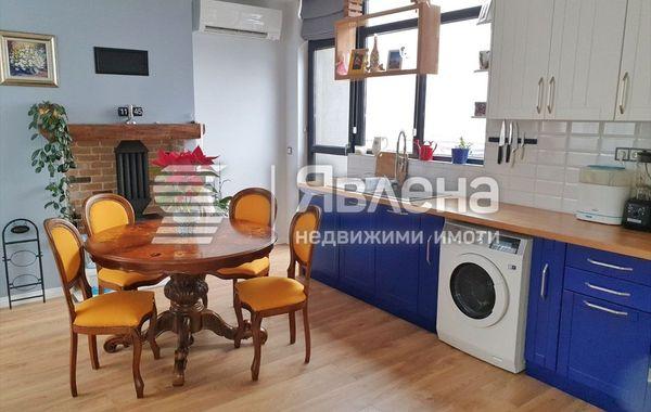 тристаен апартамент варна 58ahl734