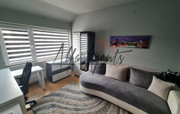 тристаен апартамент варна 5e2autx5