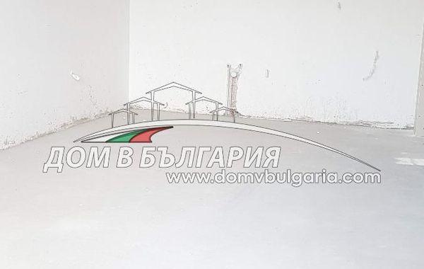 тристаен апартамент варна 5jml9wyq