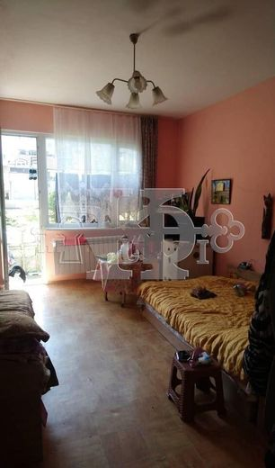 тристаен апартамент варна 5kl3rfxh