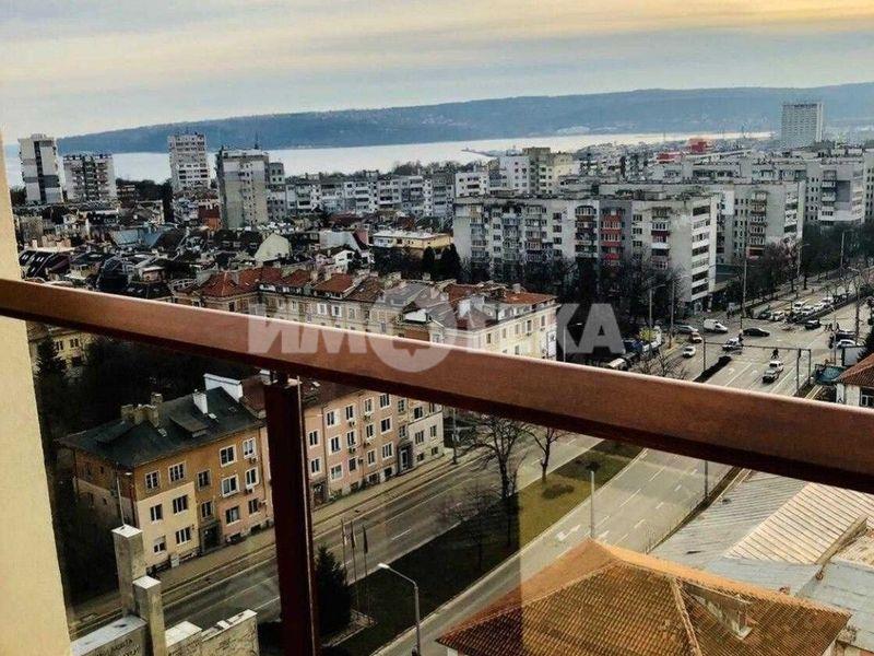 тристаен апартамент варна 5nnx4aqt